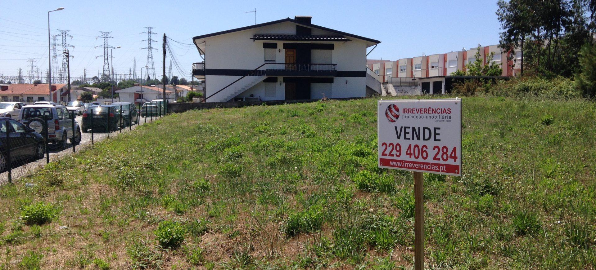 Lote de terreno para construção de edifício | Cidade da Maia